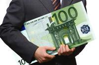 Euro wysoko, Draghi na ratunek