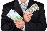 W USA dzień wolny, dolar traci
