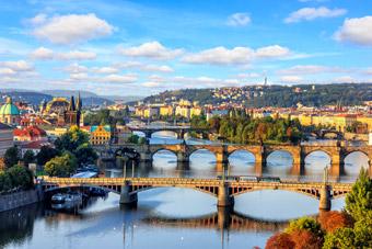 Korona czeska - Historia, Praga